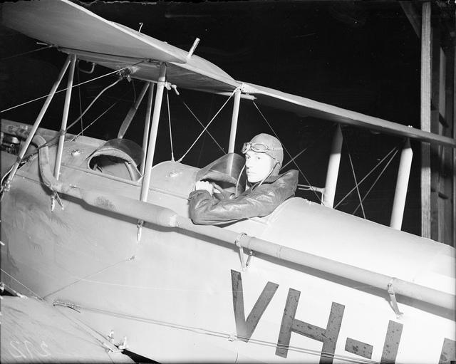 Pilot in De Havilland DH-60M Moth VH-UOZ, Mascot, Sydney, 1934 / photographer Sam Hood