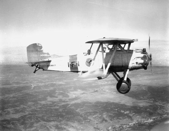 Curtiss F8C