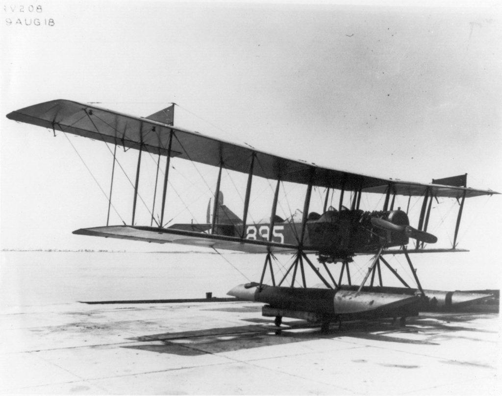 Curtiss R-6, A-895