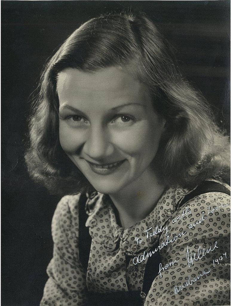 Helene Kirsova, ballerina, ca. 1941 / photographer Bitter-Jeppesen Studios, Melbourne