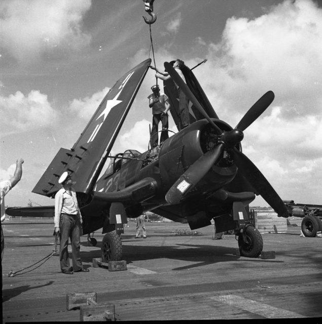 Vought F4U-4, NAS North Island