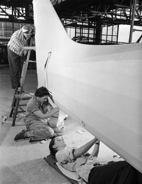 [Women working on aircraft, Vultee Aircraft Company]