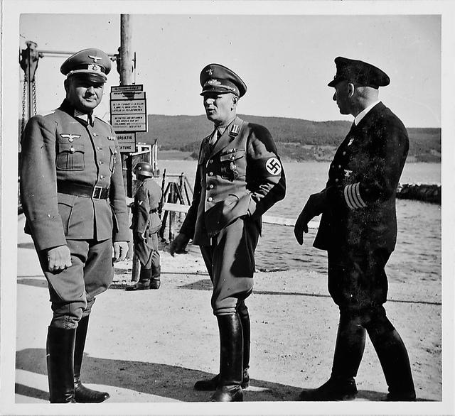Besuch bei Oberstleutnant Schröder