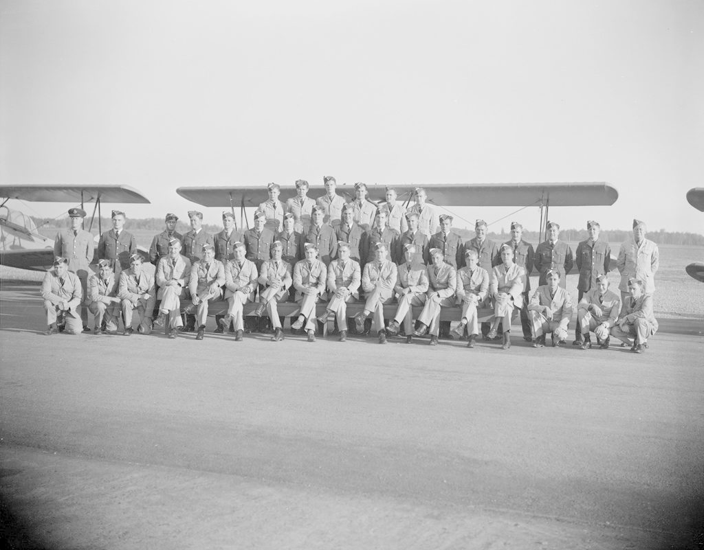 No. 11 Sky Harbour Class, about 1940-1943