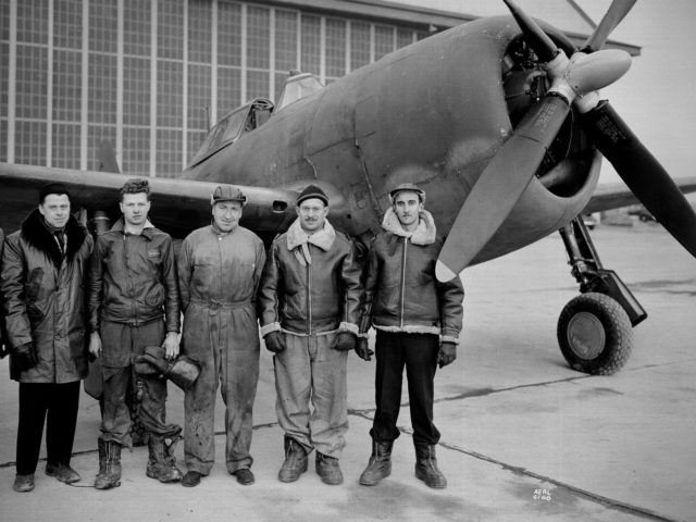 Republic P-47G Thunderbolt and the NACA Flight Operations Crew