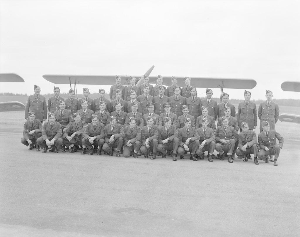 No. 14 Sky Harbour Class, October 9, 1941