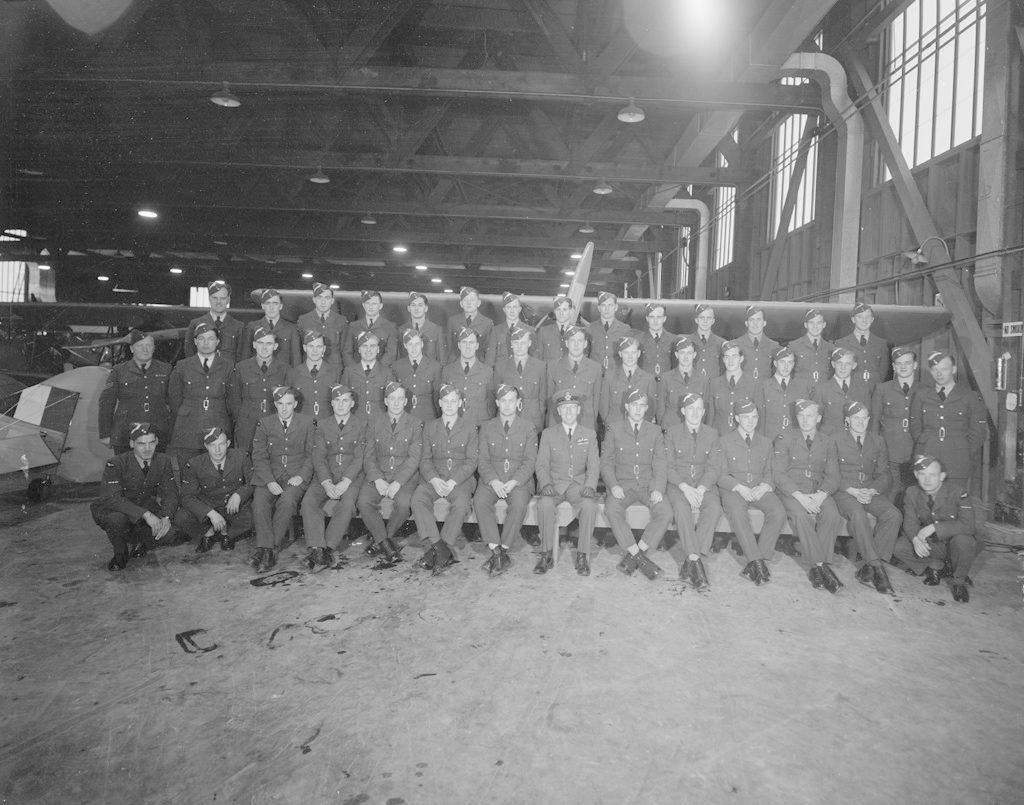 No. 16 Sky Harbour Class, December 1941