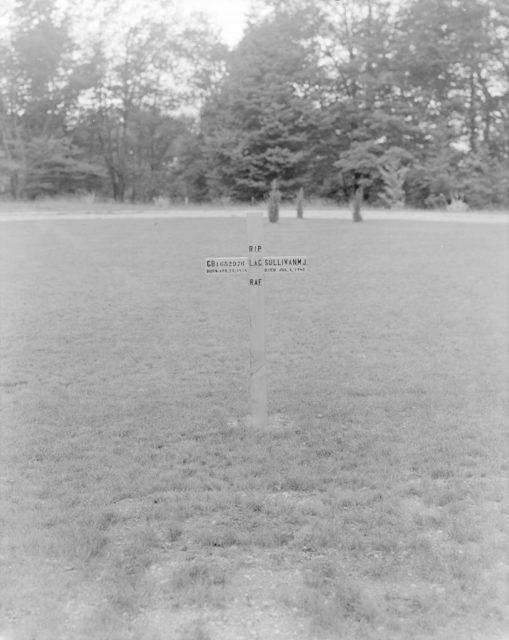 Sky Harbour Grave L.A.C. Sullivan, 1943