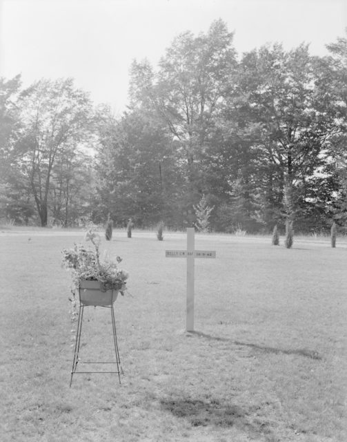 Sky Harbour Kelly Monument, about 1940-1944
