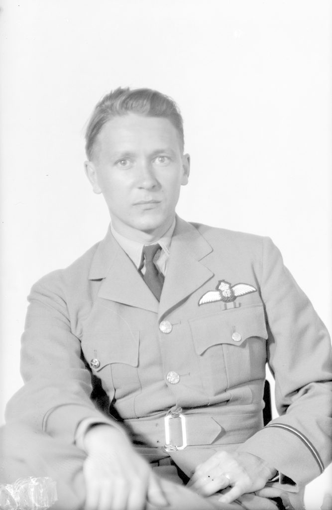 Brigg, R.D., about 1940-1945