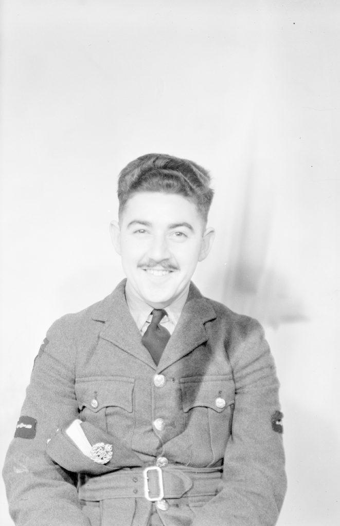 Элеу, около 1940-1945 годов