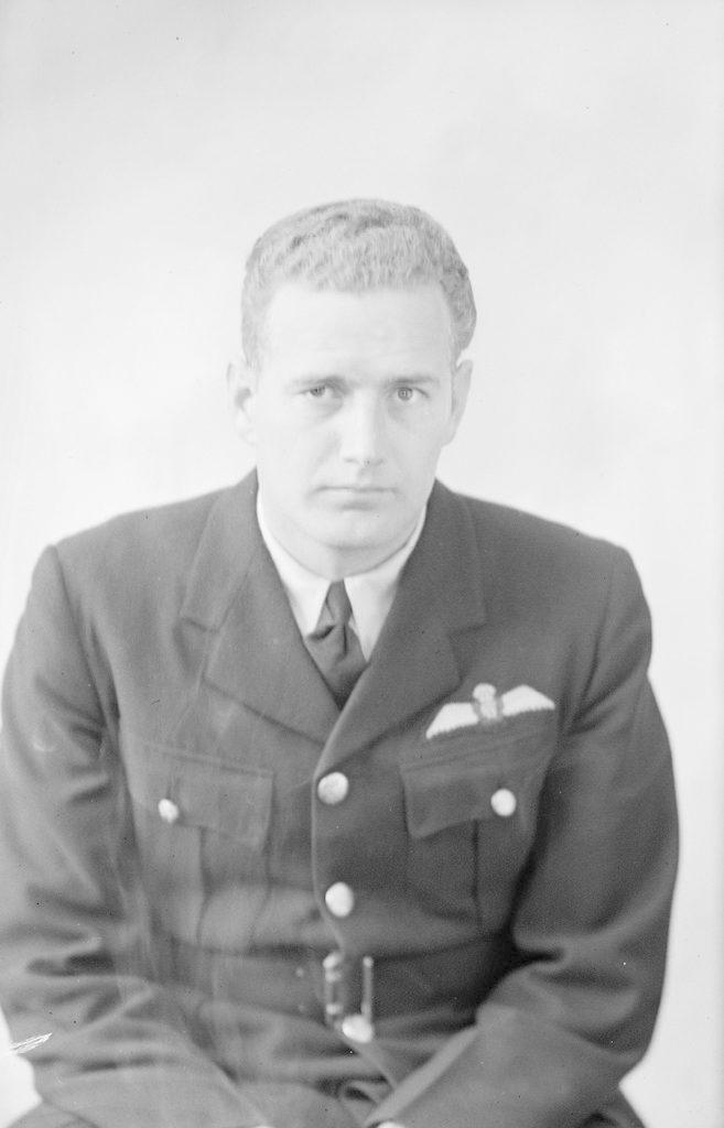 J. Кинг, о 1940-1945 годах
