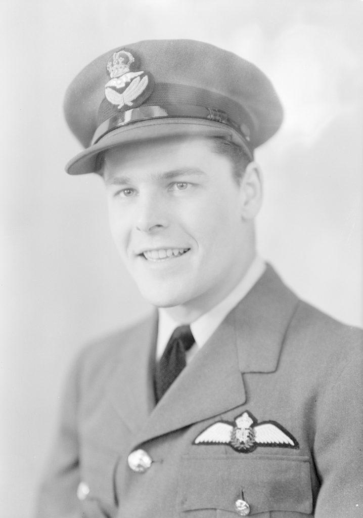 P / O Bilton, about 1940-1945