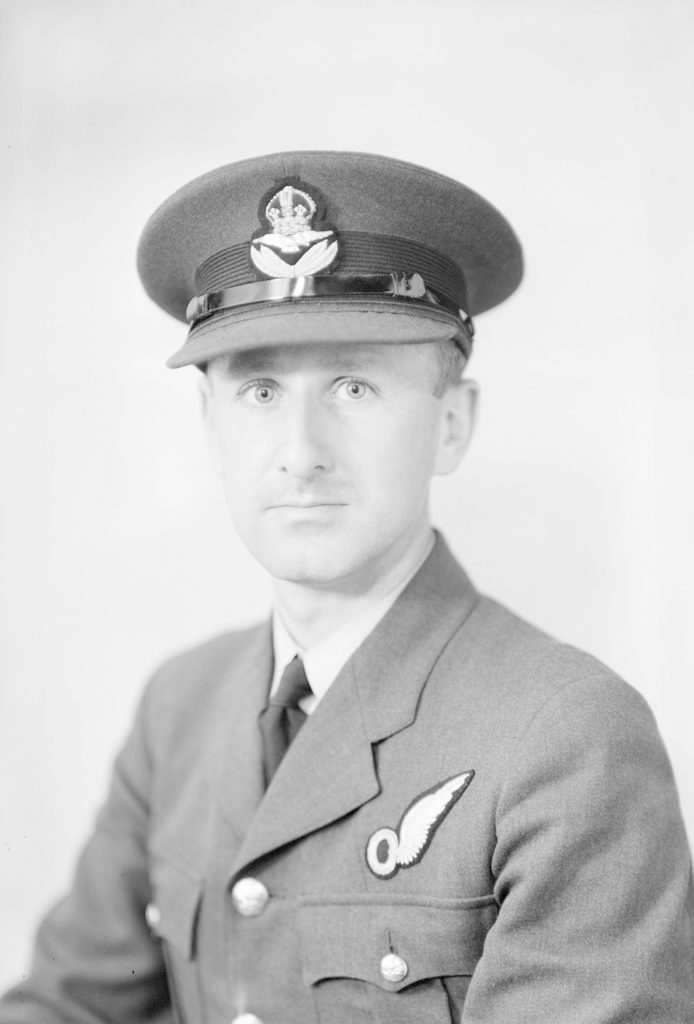 P.O. Mould, about 1940-1945