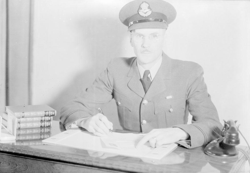 P/O Pinch, about 1940-1945