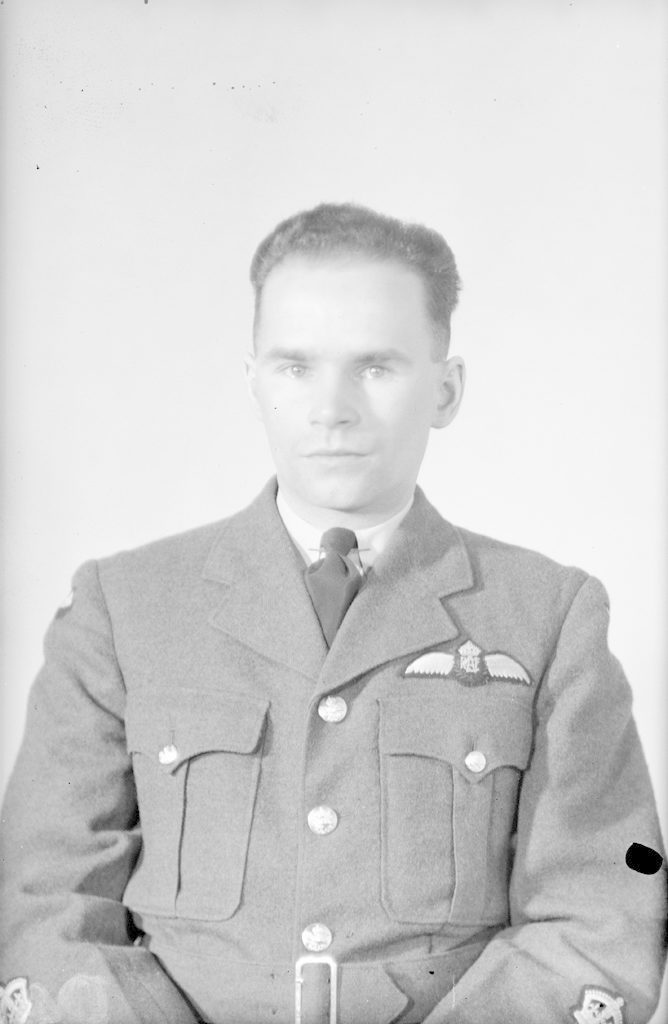Ribble, W.O., about 1940-1945