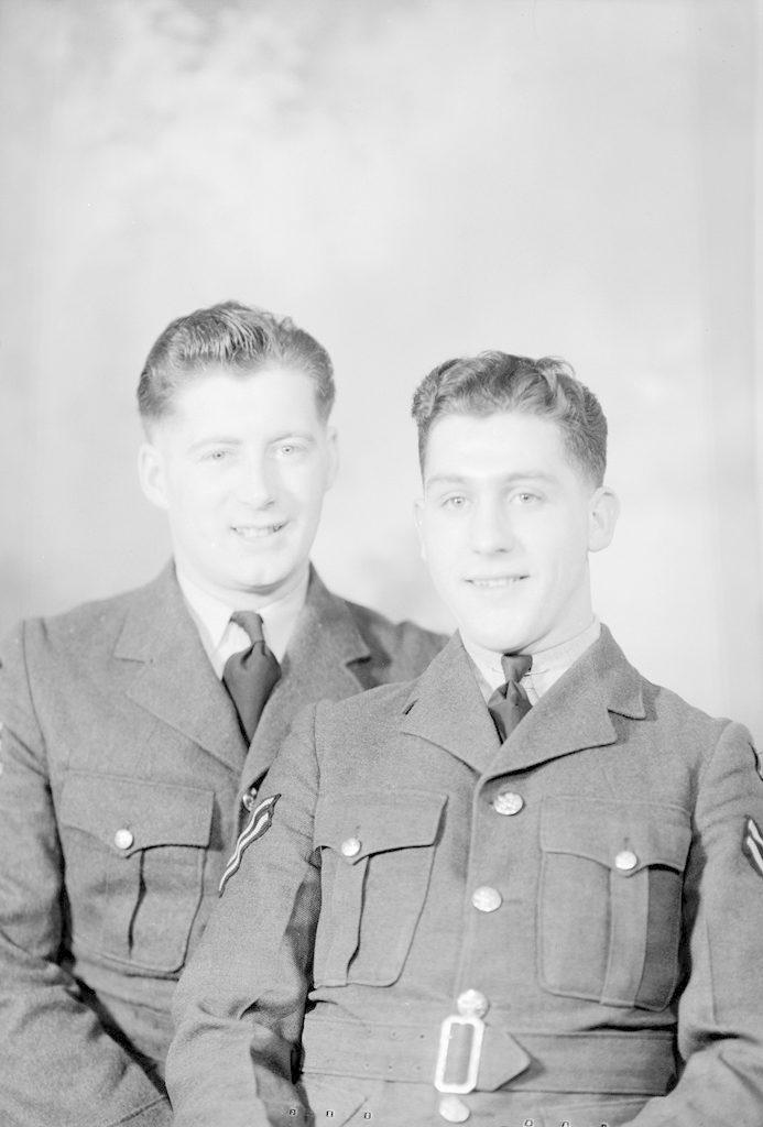 Сиссе. Брукс, Корп. Фекнер, о 1940-1945 годах