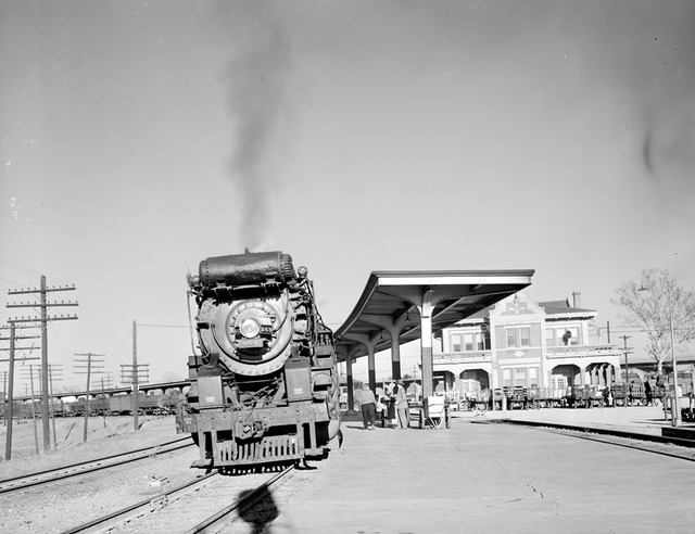 [Locomotive 653 at Depot, Texas & Pacific Railway Company]