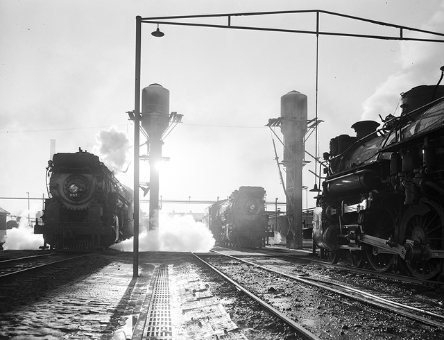 [Locomotives 657 and 901, Inspection Area, Texas & Pacific Railway Company]