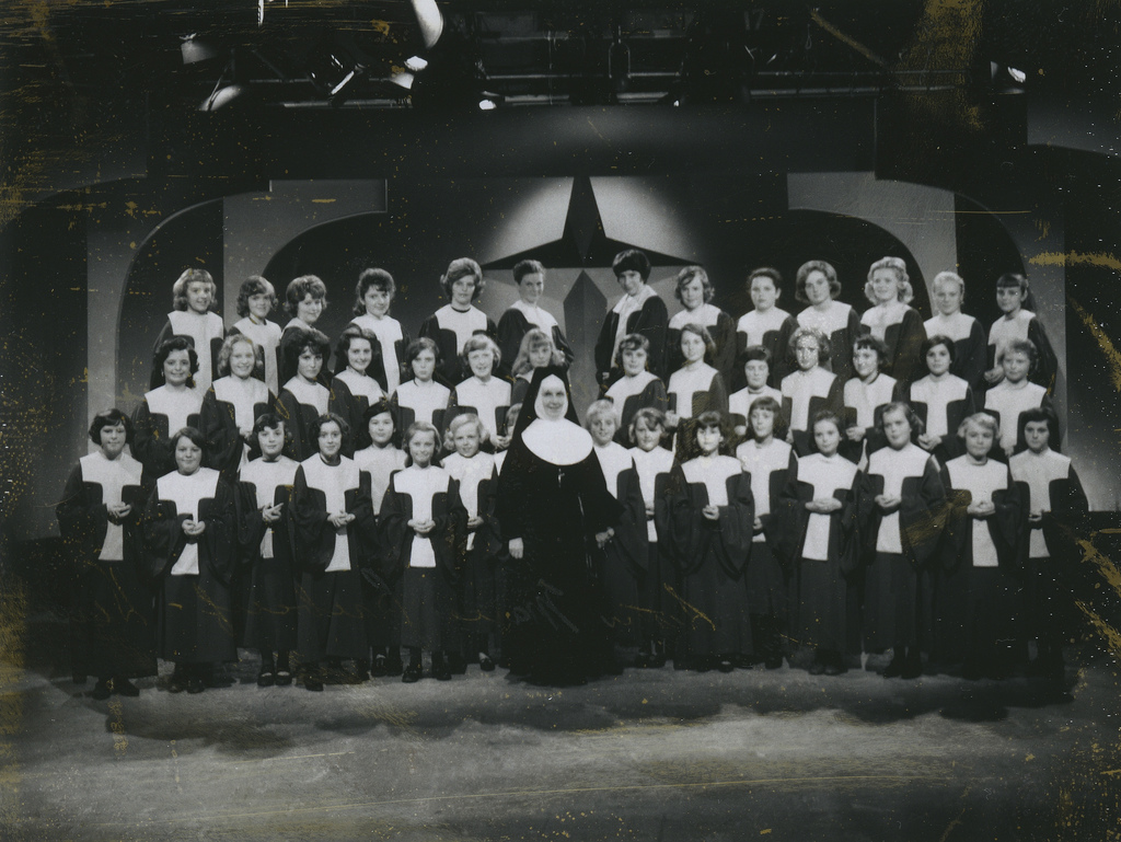 Sister Marie and School of Christ Singers