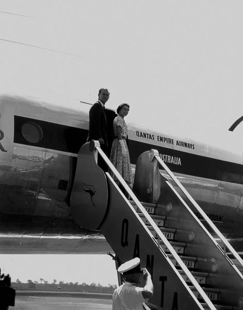 Queen Elizabeth II and Prince Philip boarding the Royal Aeroplane