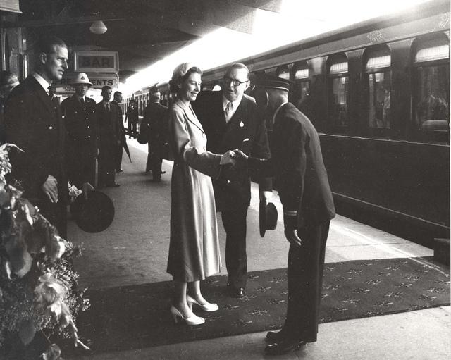 Royal Visit 1954 - Bathurst