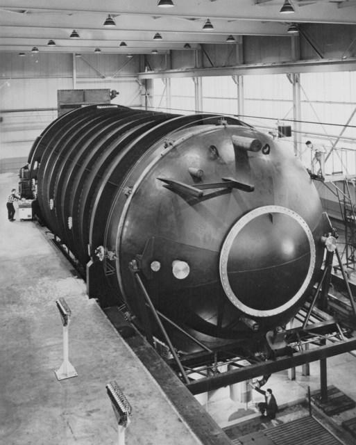 25 Foot Vacuum Tank