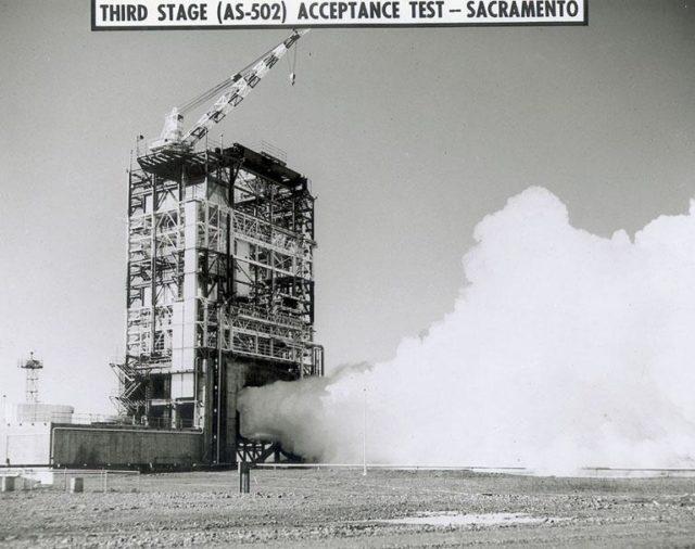 Saturn Apollo Program - The J-2 engine for Saturn V S-IVB