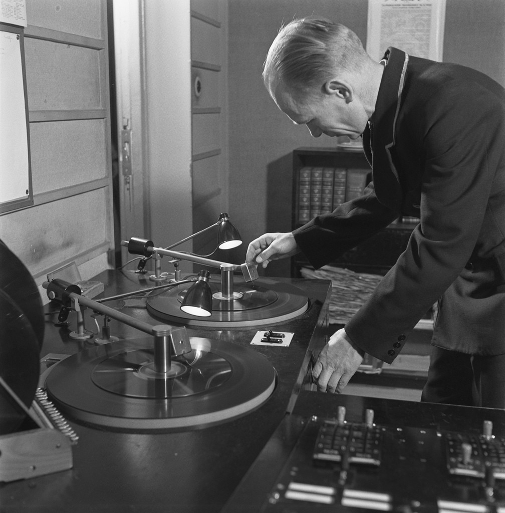 Broadcasting records over the radio, 1940s.