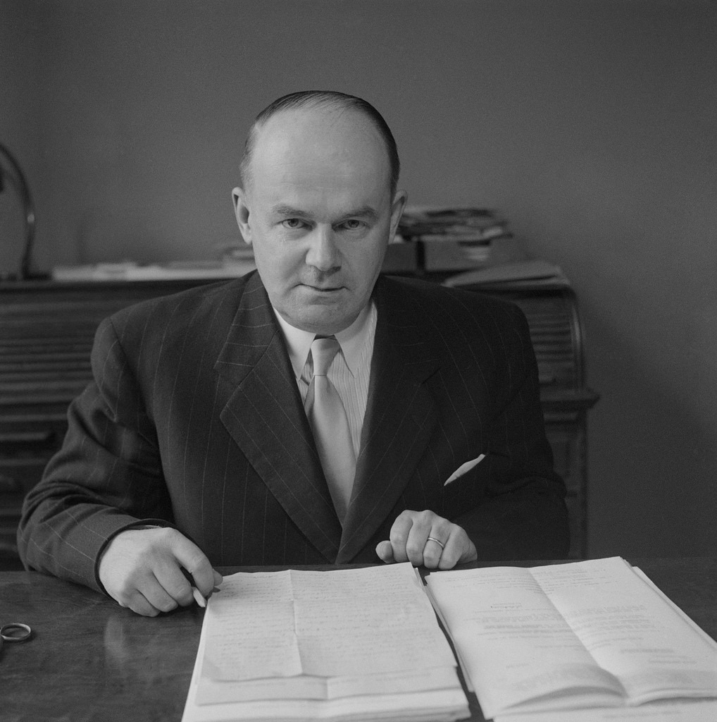 Einar Sundström, the director-general of Finnish Broadcasting Company 1949-1964