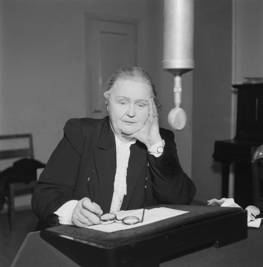 Hella Wuolijoki, the director-general of Finnish Broadcasting Company 1944 -1949.