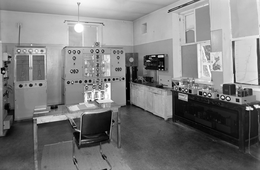 Pasila broadcasting station's short wave transmitter Helsinki II and Helsinki III, 1944.