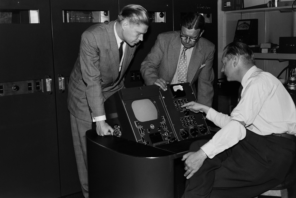 Television transmitter control device