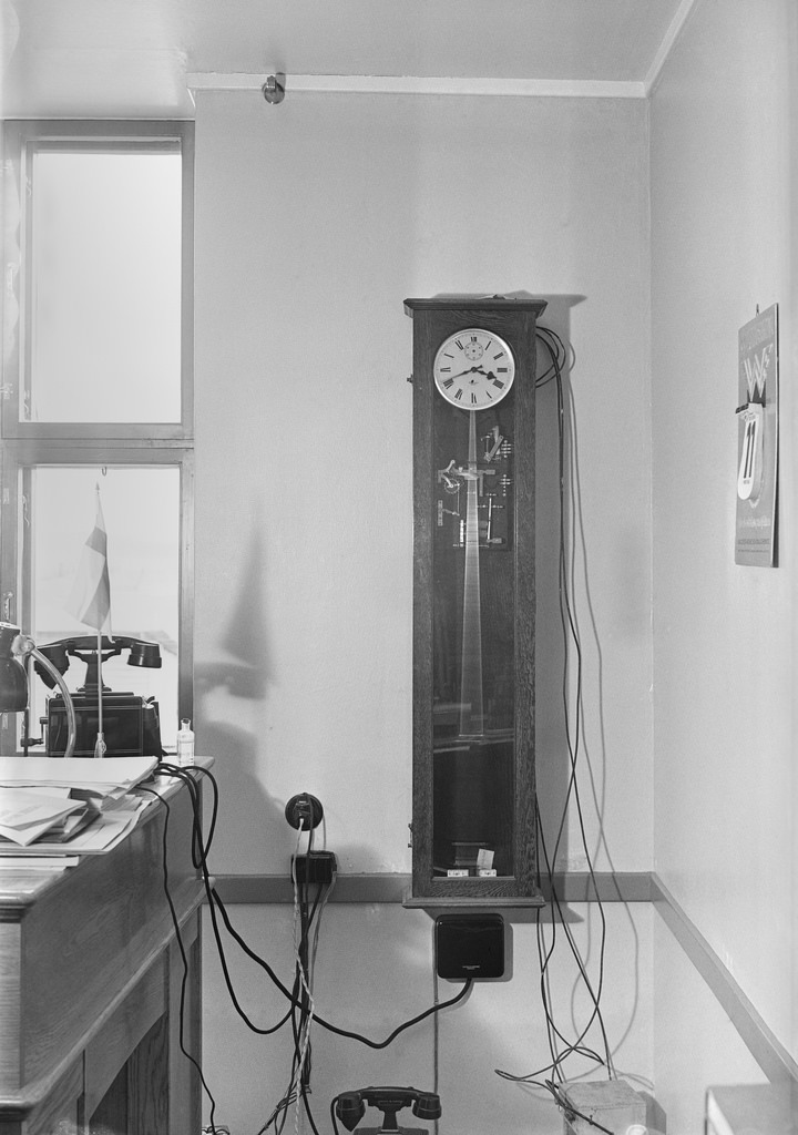 The central clock of the broadcasting station in Lahti, 1935.