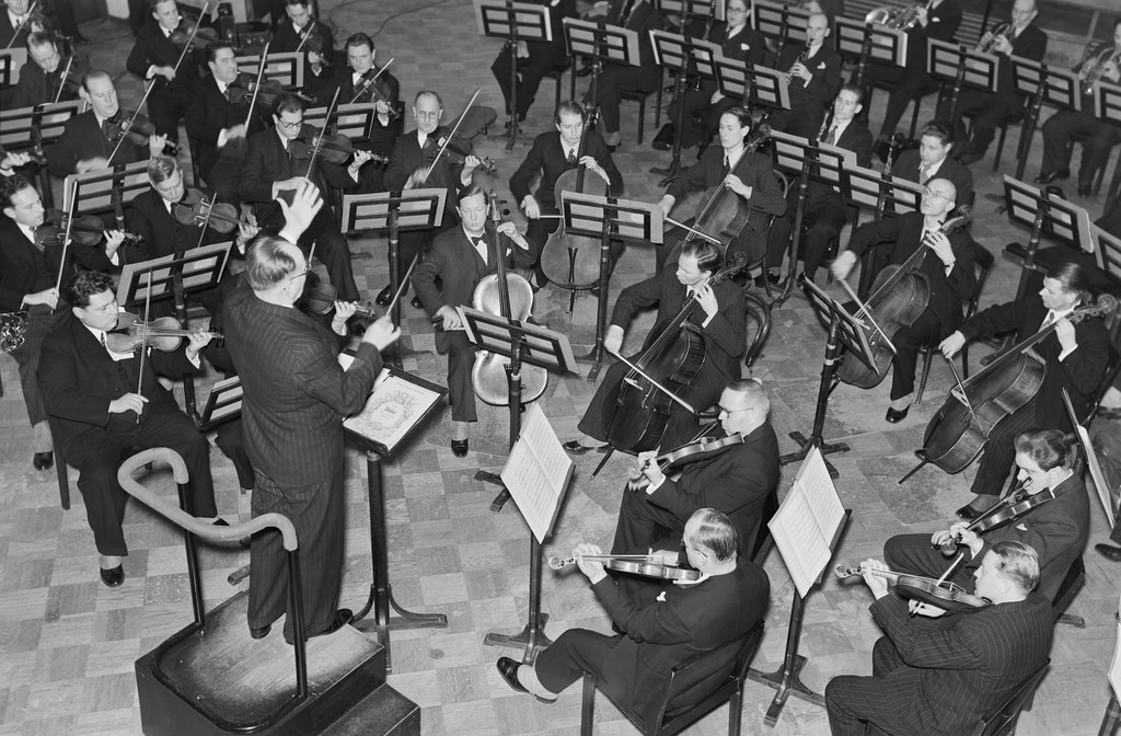 The Finnish Radio Symphony Orchestra at a live broadcast transmitted to the US, 1939.