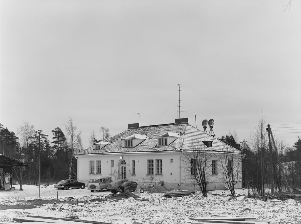 The old transmission building in Pasila, Helsinki, 1959.