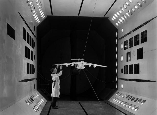 Lockheed C-141 Model in TDT