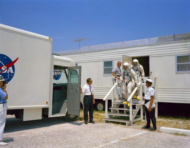 GEMINI-TITAN (GT)-9 TEST - ASTRONAUT - EDWARD H. WHITE II - TRAINING - CAPE