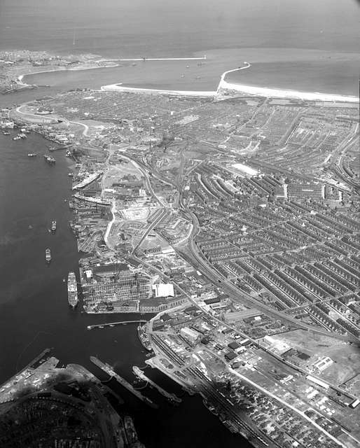 Aerial view of South Shields, 1950