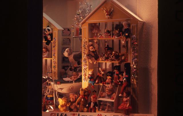 'Gift time at Binns'