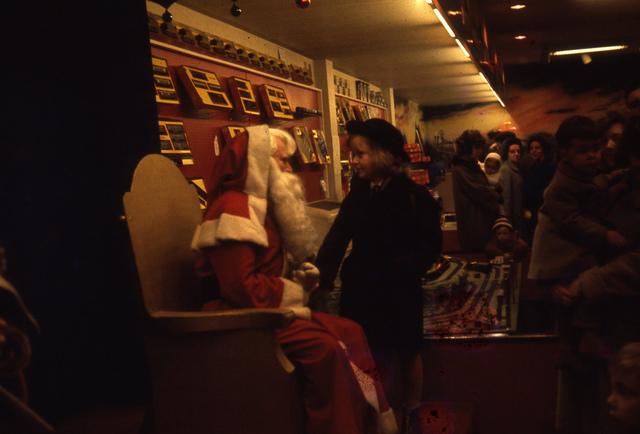 Santa comes to Fenwicks
