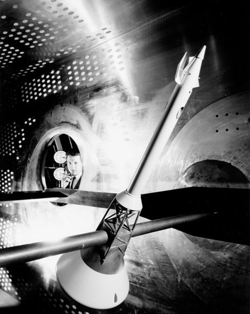 Preparation tests for the Apollo Command Module