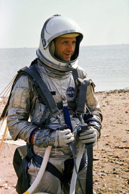 Astronaut Thomas P. Stafford - Training - Parasail - Gemini-Titan (GT)-5 Pilot - Galveston Bay, TX