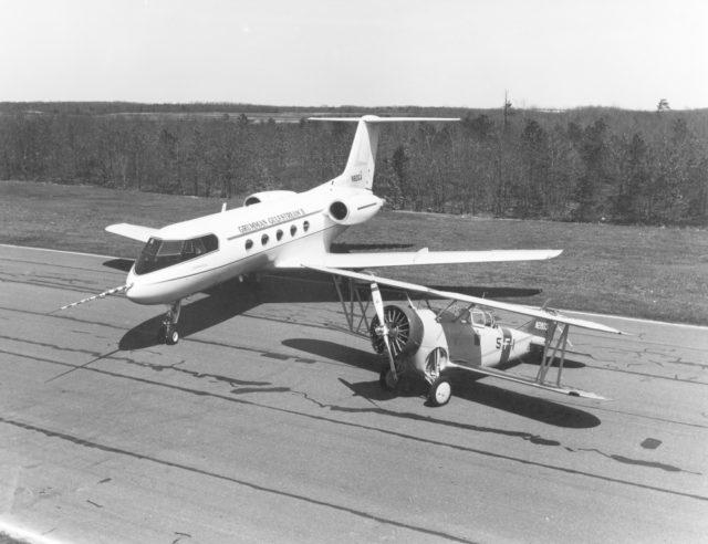Grumman G-1159 Gulfstream II N801GA prototype with Grumman G-23 c66-67 (mfr via RJF)