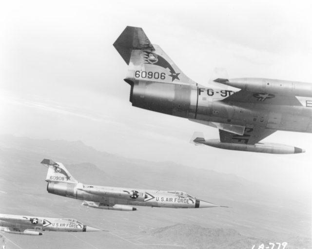 Lockheed F-104C 56-0908 [mfr LA-779  via RJF]