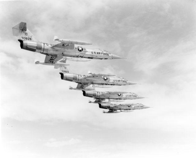 Lockheed F-104C 57-0926 [mfr LA1619 via RJF]