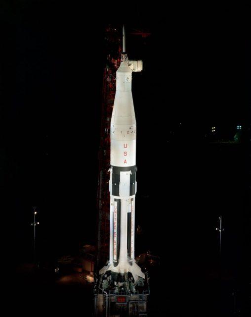 APOLLO SPACECRAFT 009 - SATURN 1B 201 - ON PAD - COMPLEX 34 - CAPE
