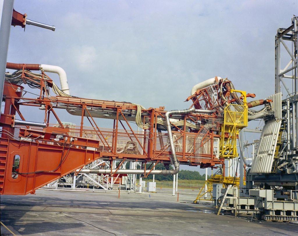 Saturn Apollo Program Random Motion/ Lift-Off Simulator
