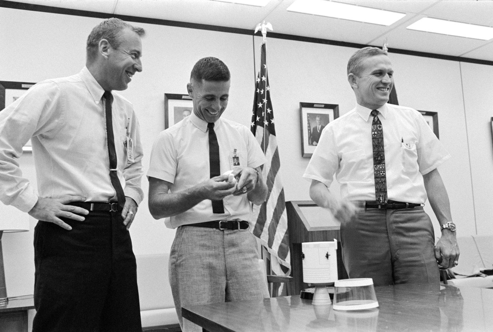 Apollo 8 prime crew in bldg 4 participating in classroom work