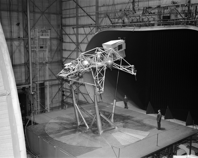 Bell Lunar Landing Training Vehicle (LLTV)